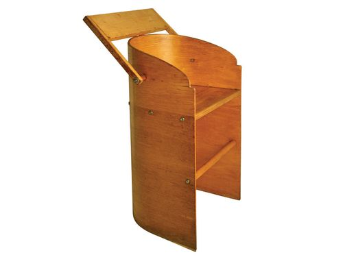 Woodenchair2